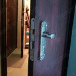 Установка замка в металлическую дверь на Таганской