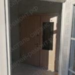 Изготовление и монтаж металлической двери со стеклопакетом и доборами в Томилино